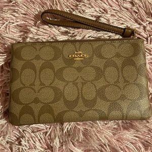 Large COACH wristlet zip wallet